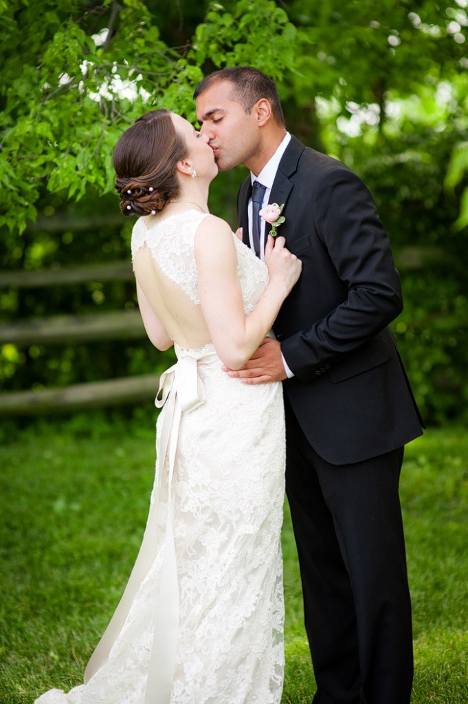 Lisa + Neal on May 30, 2015 ♥ Kelly Ewell Photography at Rose Hill Manor (Leesburg, VA)