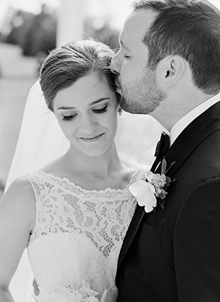 Katie + Nick on May 6, 2017 ♥ Sarah Der Photography at Mount Ida Manor (Charlottesville, VA)