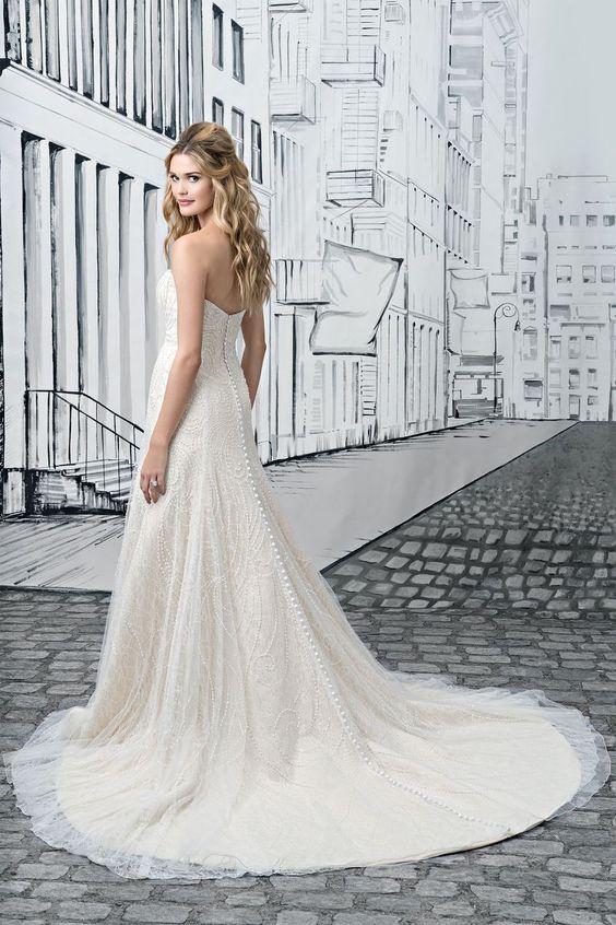 Justin Alexander 8906 – Ellie's Bridal Boutique (Alexandria, VA)