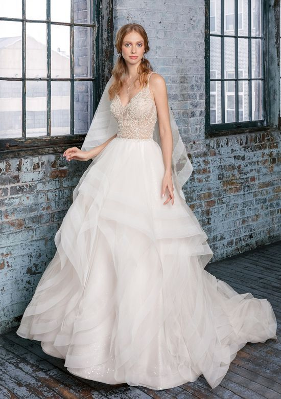 Try it on at Ellie's Bridal Boutique (Alexandria, VA) – Justin Alexander Signature 99017