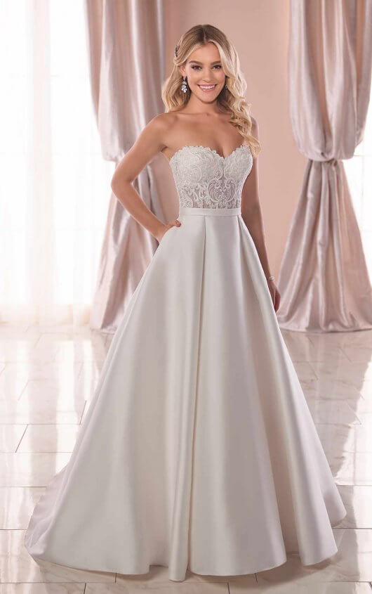 Try it on at Ellie's Bridal Boutique (Alexandria, VA) – Stella York 6763