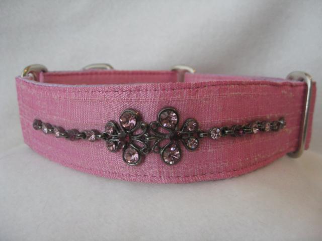 pink_collar