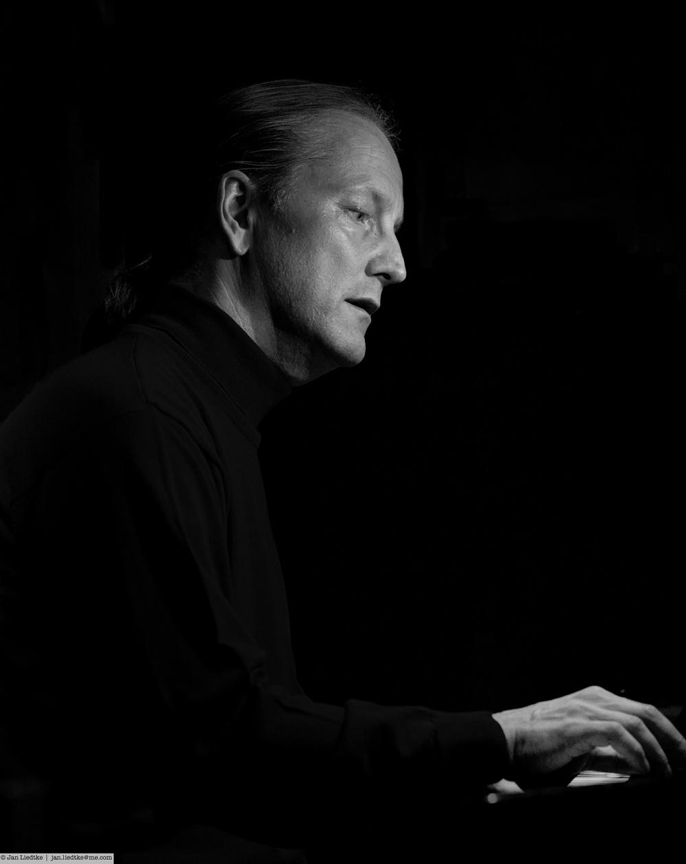 Quiet moment with pianist Markus Kvits