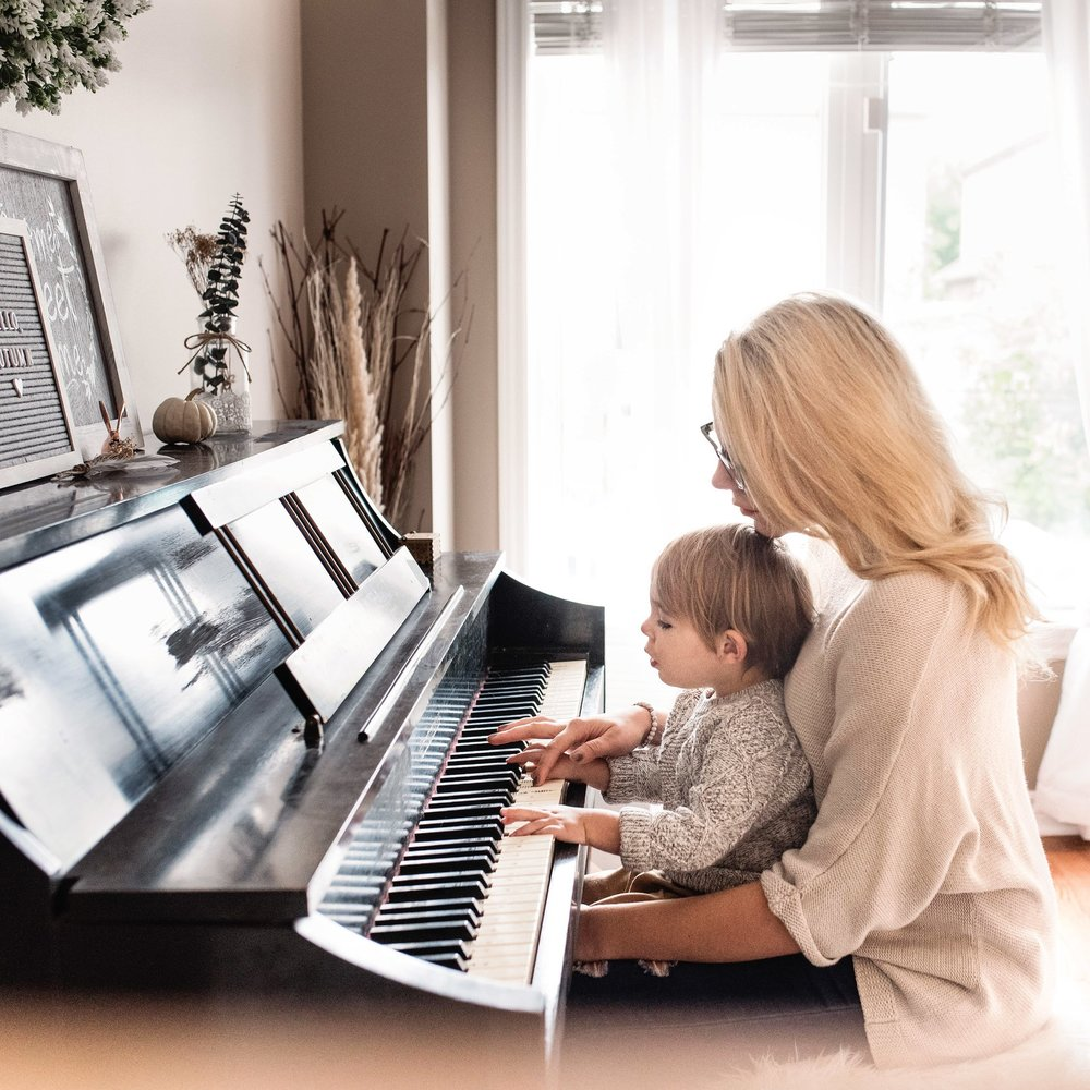 Home Rental - Renting a piano is the least expensive way to get a piano to your home. With our simple initial rental contract, you can start renting right away. We offer the most competitive prices when it comes to our rentals.