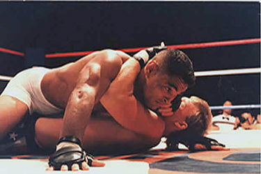 Rickson Gracie mounts his opponent
