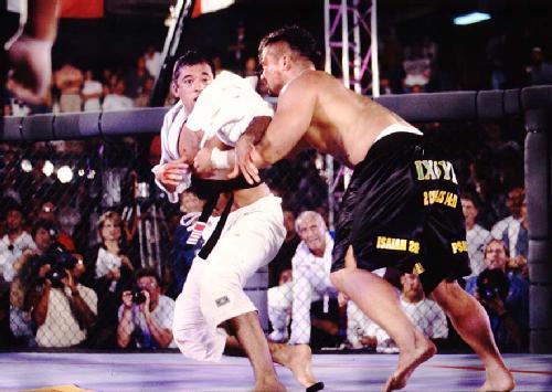 Royce Gracie vs Akebono Royce Gracie Fights Kimo in