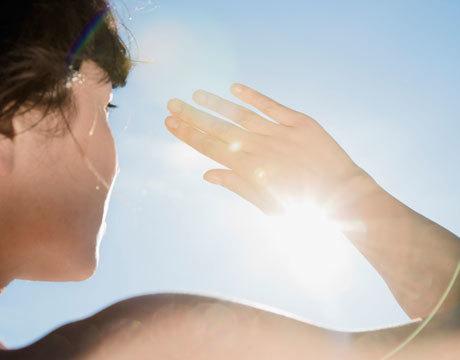 women-sun-spots-lg.jpg