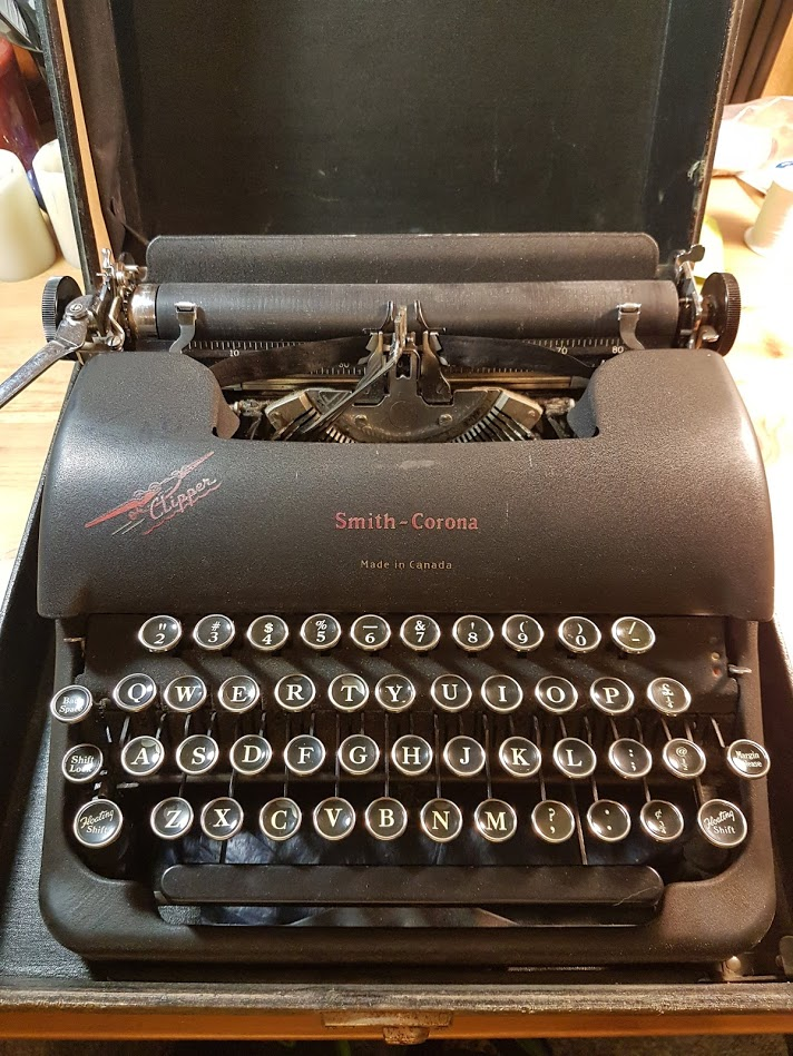 Clipper here is one of seven typewriters available for typewriter art at the workshop!
