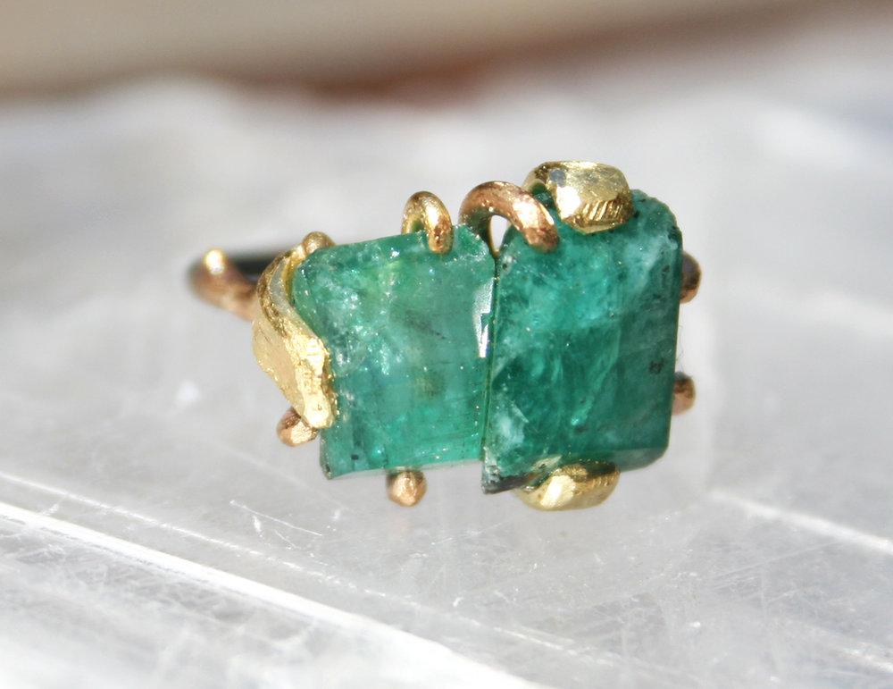 emeraldstonestackedring2.jpg