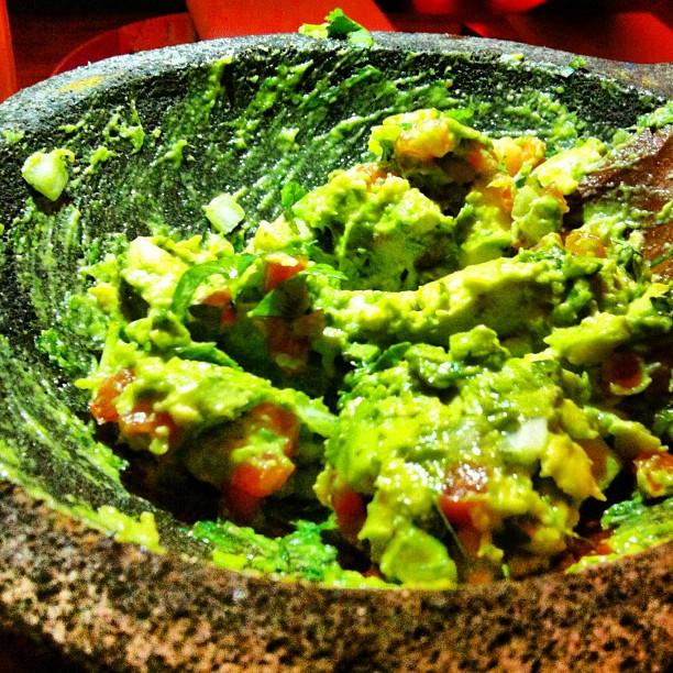 freshly-prepared-guac-rosa-mexicano.jpg