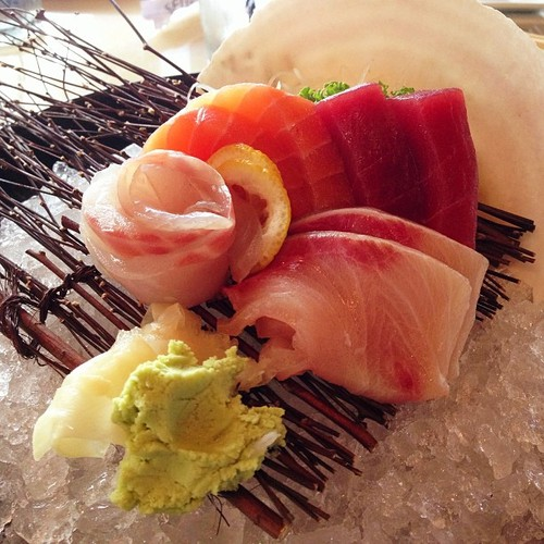 sashimi-combination-seito-sushi.jpg