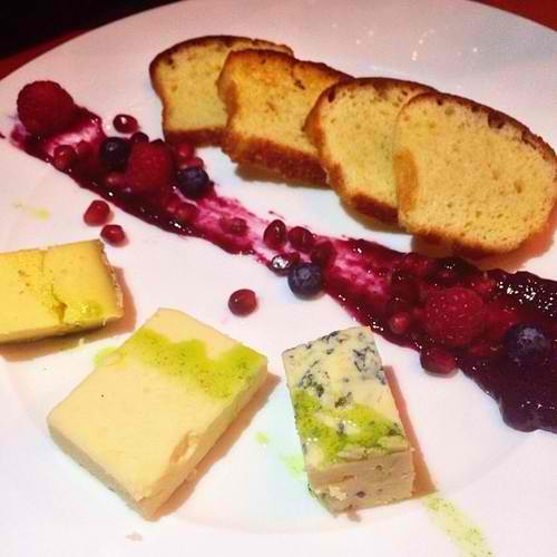 Cheese Plate. Artisanal cheeses, Fruit preserves, Brioche, Berries