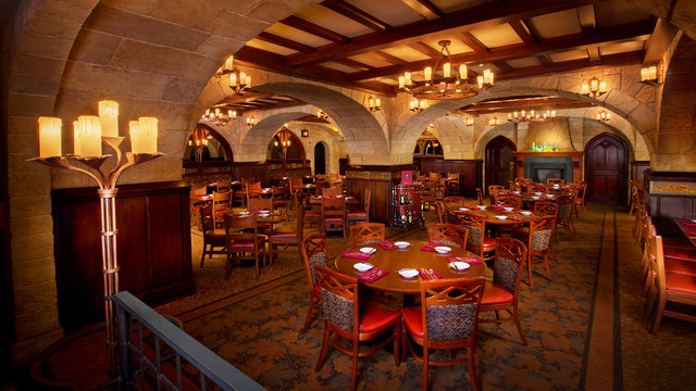 Le Cellier Steakhouse © Disney