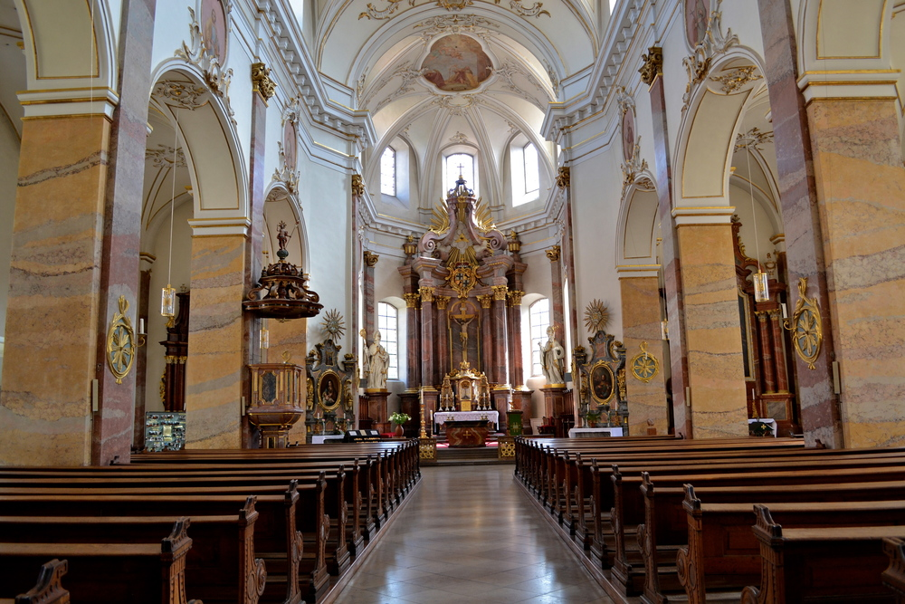 Interior of the Stadtpfarrkirche, an 18th-century Baroque style church.