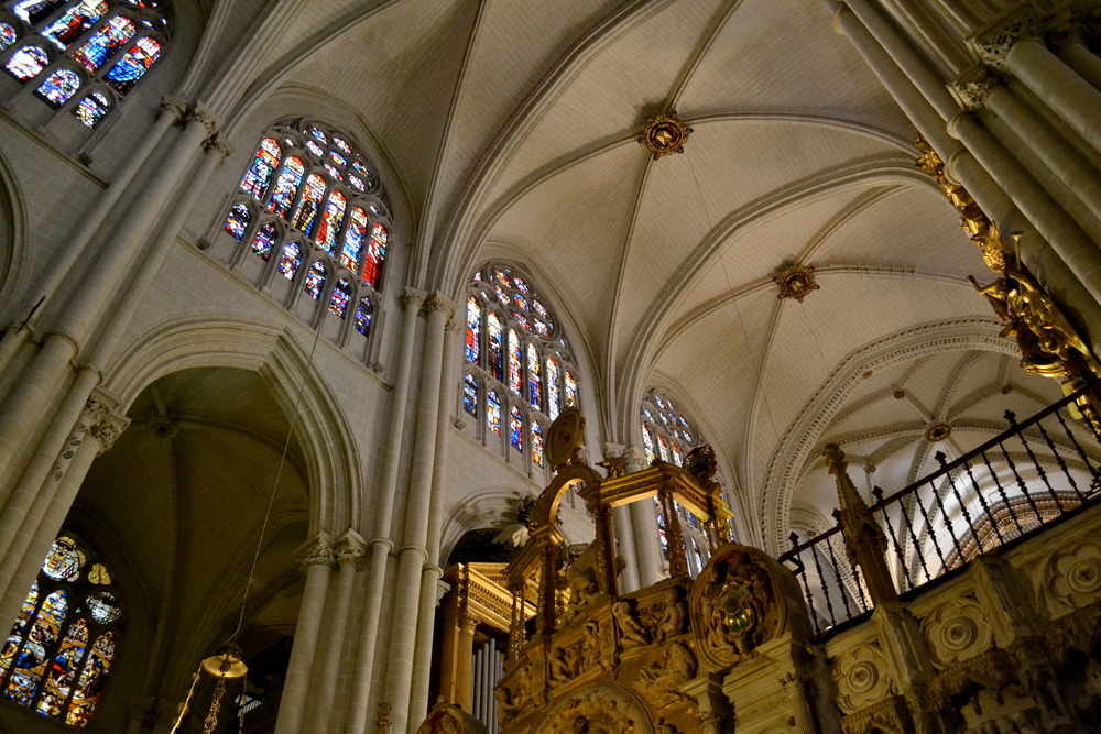 A look at the vaulted ceilings of the Cathedral in Toledo.
