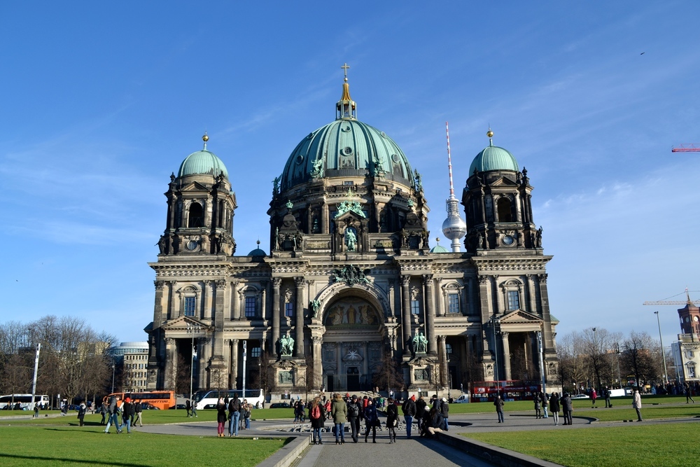 The Berliner Dom with the Fernsehturm in the background.