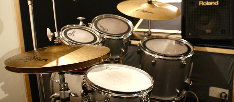 004-studiohire-drums.jpg
