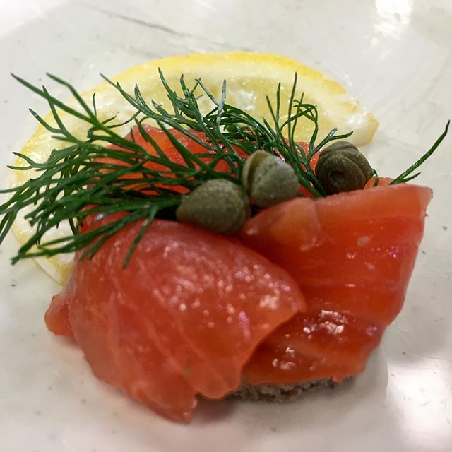 Best thing I ate today... gravlax on sourdough with capers and dill. All part of the Nordicware Cooking Series. What a delight to learn how to cure and serve this delicacy. Thanks to Solie Anderson for the lesson and to @nordicwareusa for hosting.