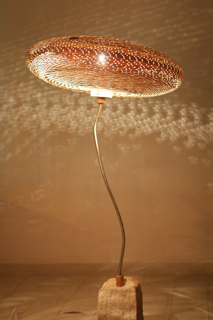 magic-mushroom-standing-light_2.jpg