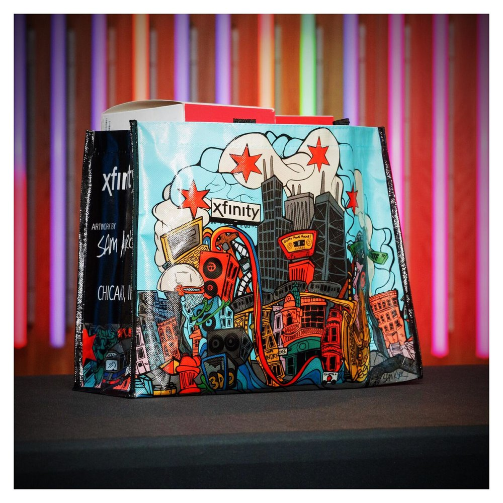 Artist Sam Kirk Designs Reusable Chicago-themed Bag for Comcast, June 2017