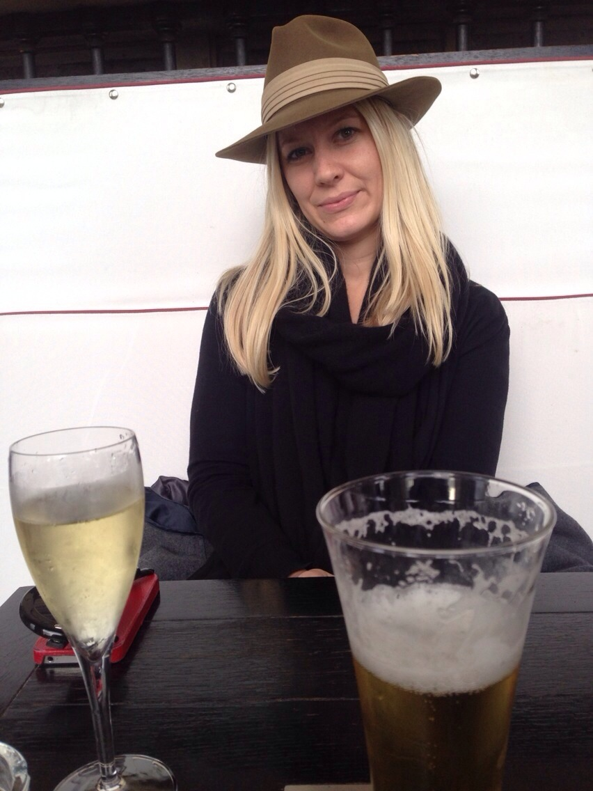 my personal photographer capturing a champagne + beer break at the louvre.