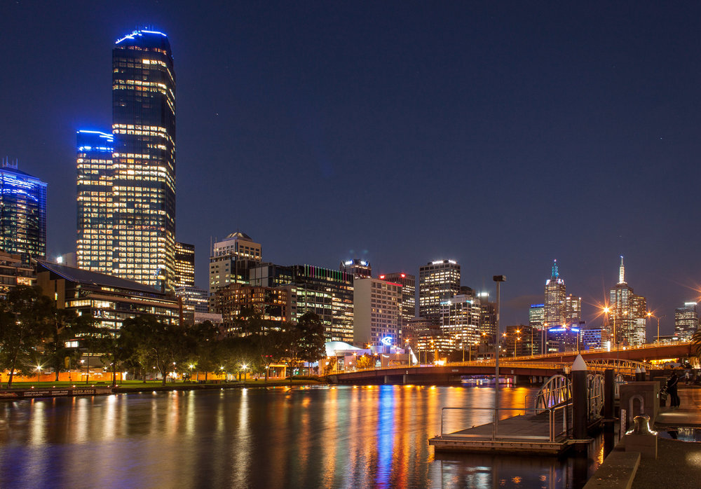 Yarra River at night-1.jpg