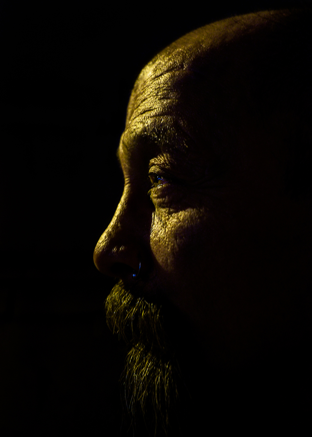 portrait-night-profile-turk-istanbul-matthew-coleman-photography