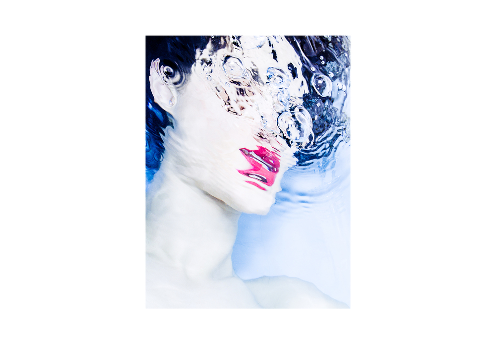 Lorina-H-Study-Lips-Submerged-Water-Surreal-Berlin-Matthew-Coleman-Photography.jpg