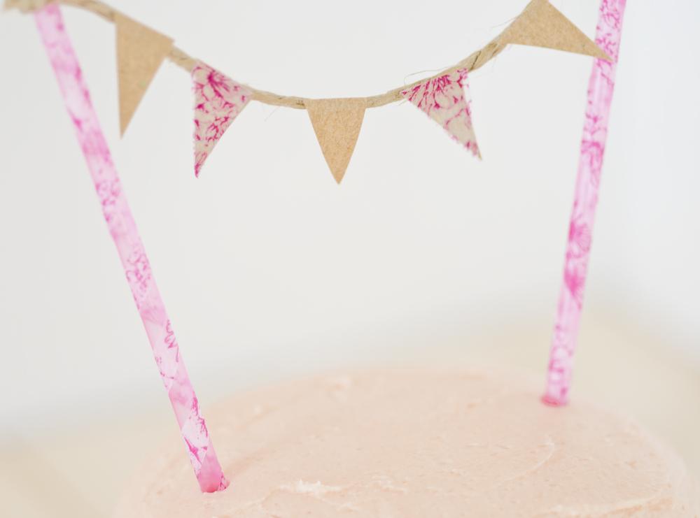pinkfarbene Fähnchen