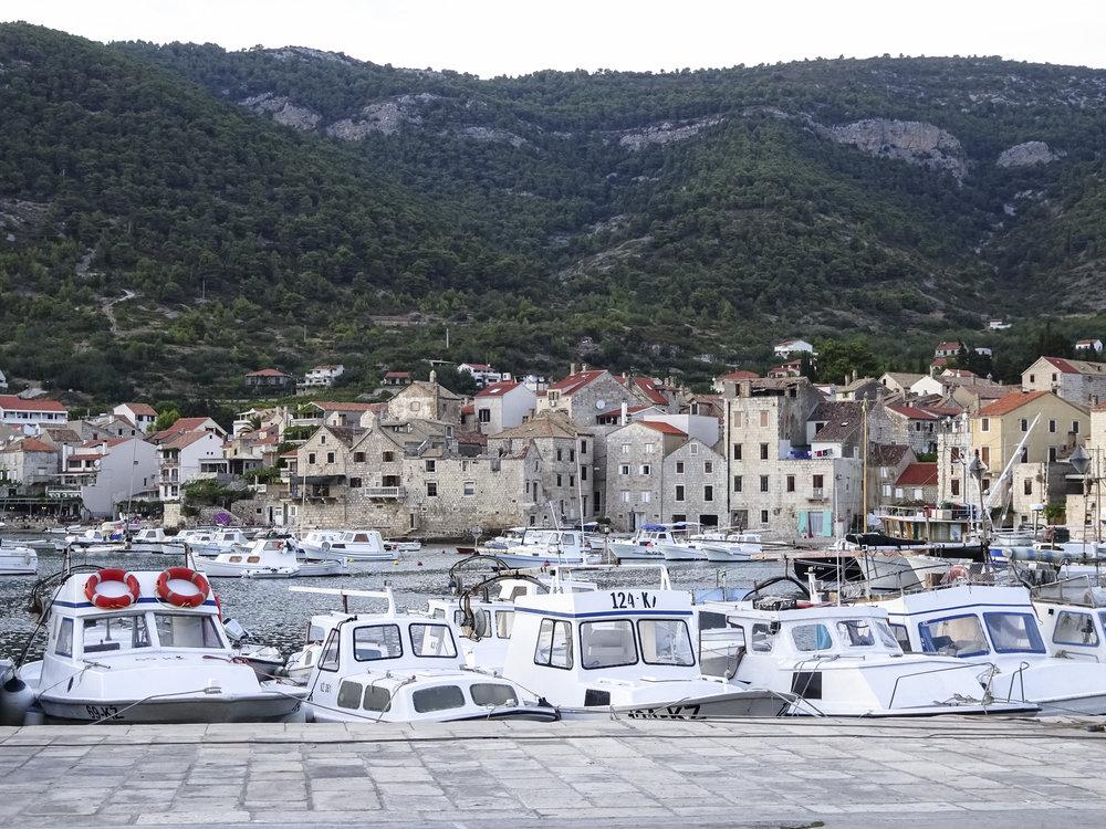 Hafen von Komiza (Insel Vis)