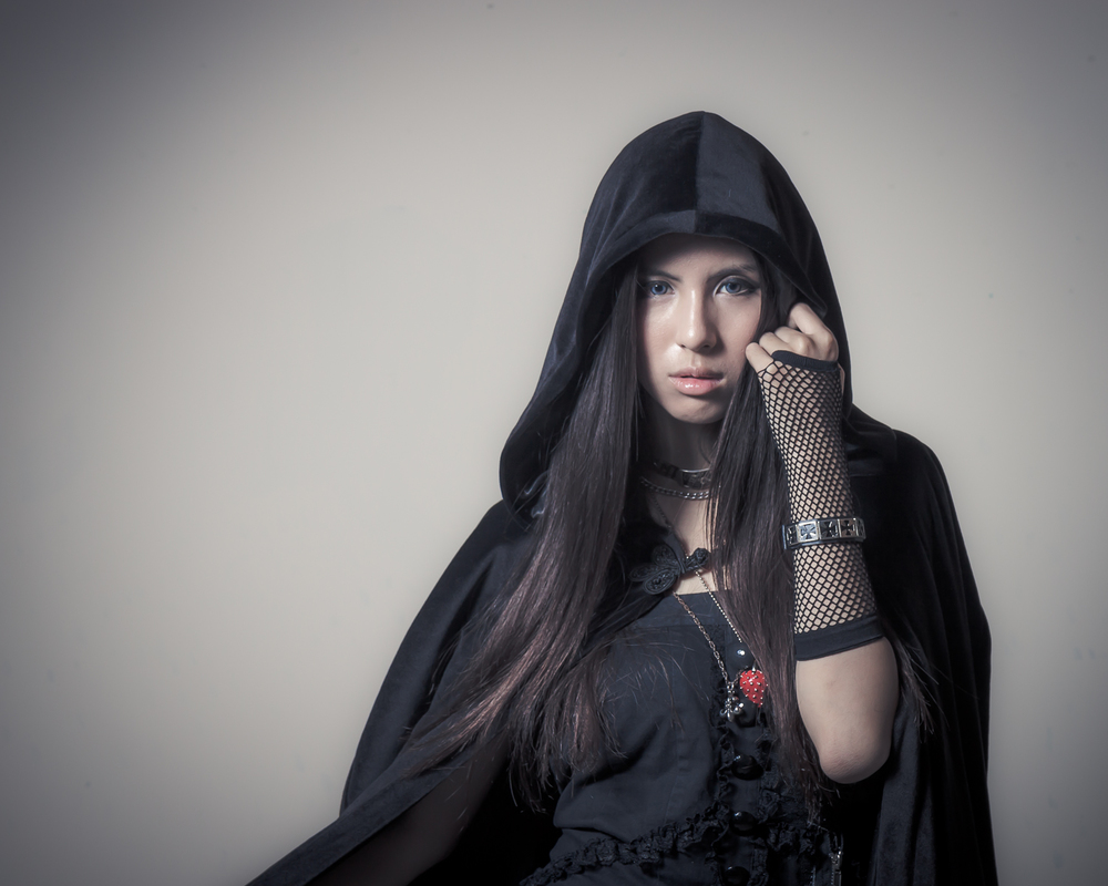 Dark fashion photograpy with Taiwanese French model