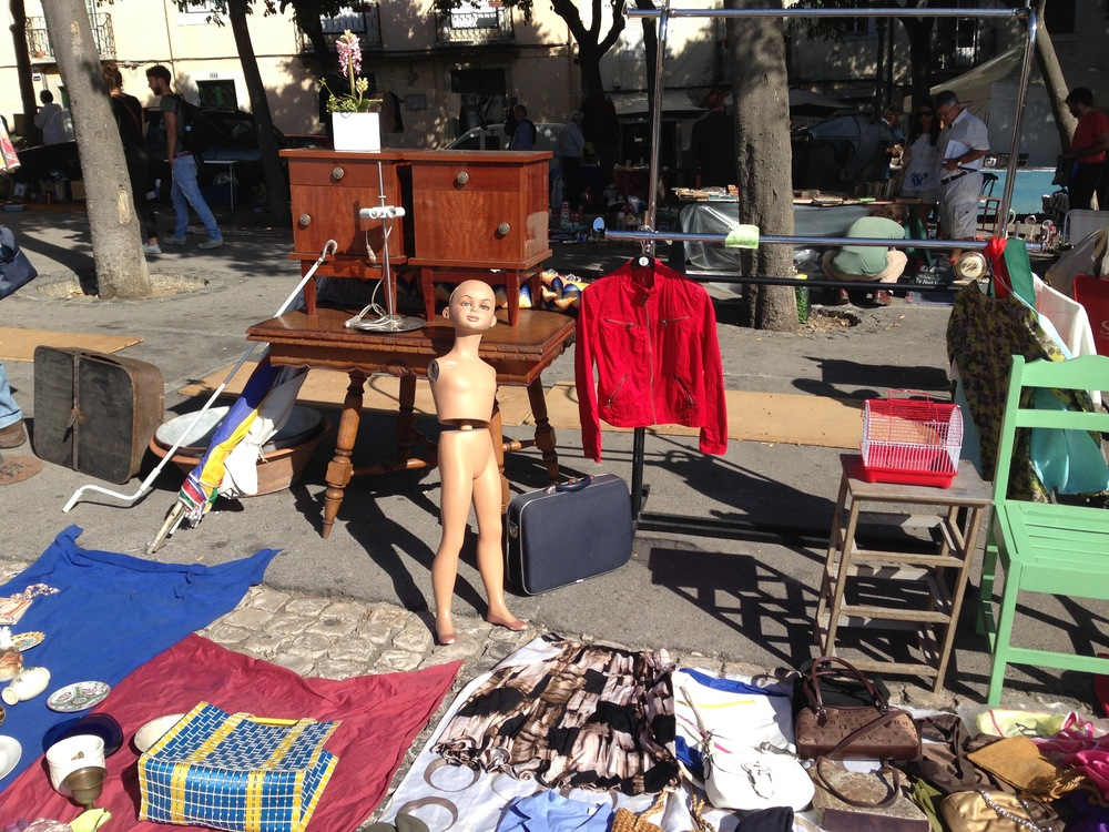 Flea market shopping in Lisbon