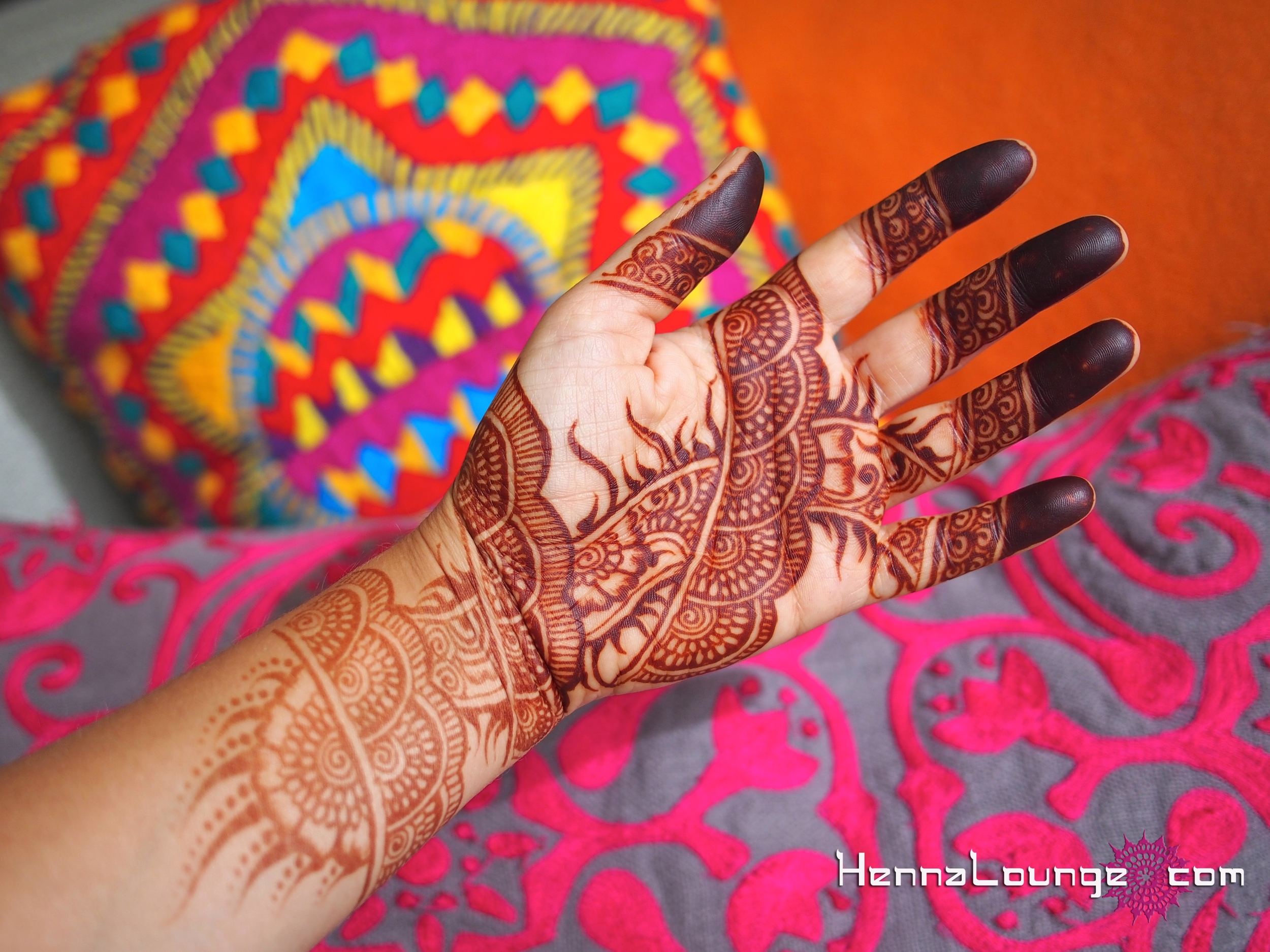dark henna, any questions?