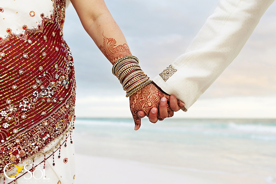 Indian fusion wedding in Tulum. Photo by Del Sol.