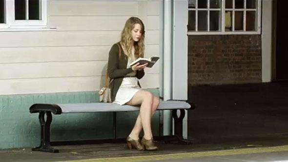 Match com girl on the platform