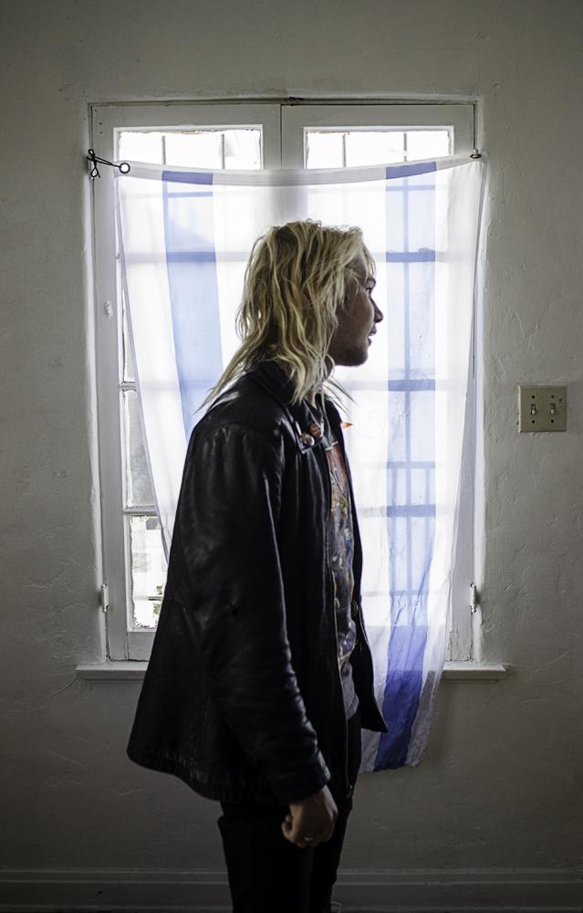 GaryRzeszutko_Window_Portrait_LosAngelesCA.jpg