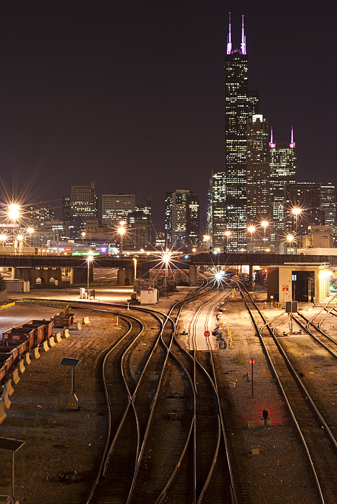 searstower_railroadtracks.jpg