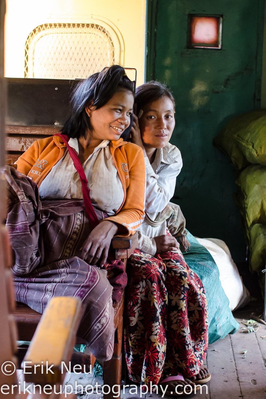 © Erik Neu-Project-Childhood-Memories-Myanmar-train-0005.jpg