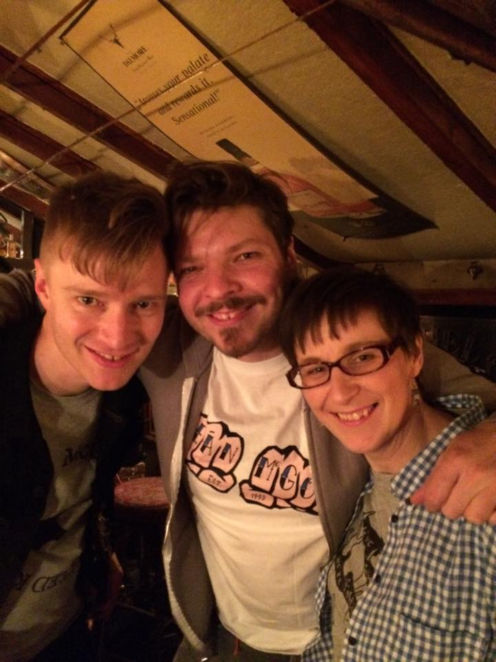 Natalie with two of Skinny Lister at a  Forge & Flagon  with two of Skinny Lister afterparty