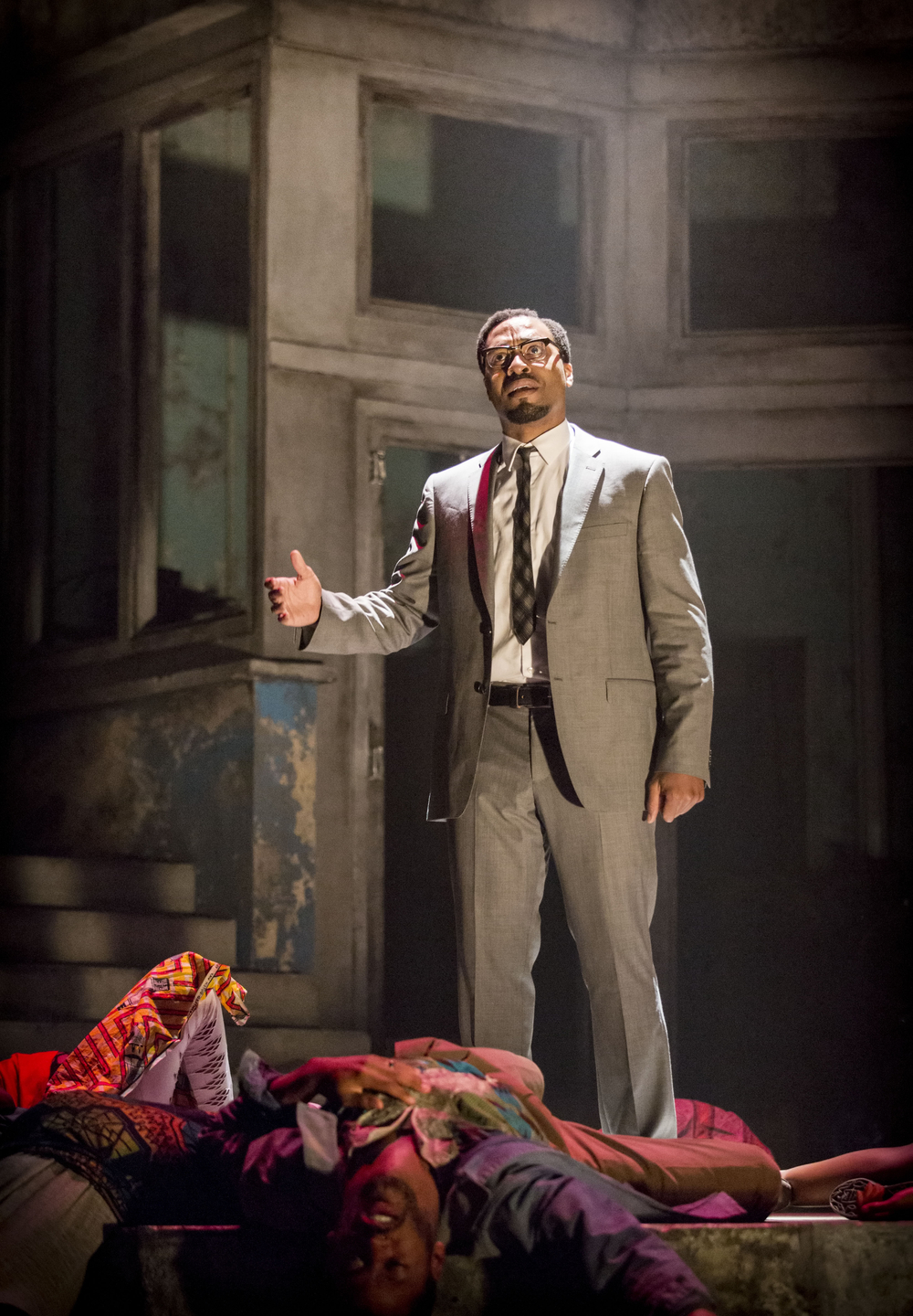 02 A Season in the Congo - Chiwetel Ejiofor as Patrice Lumumba. Photo by Johan Persson..jpg