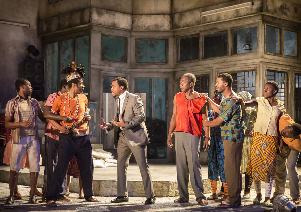 09 A Season in the Congo - centre Chiwetel Ejiofor as Patrice Lumumba with full Company. Photo by Johan Persson..jpg