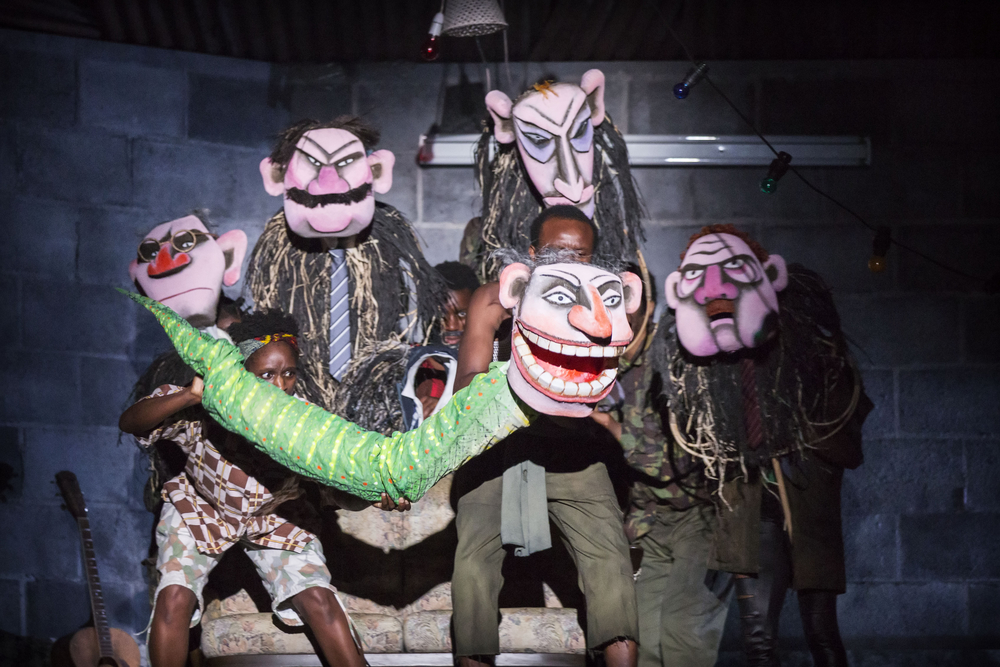 11 A Season in the Congo – Puppets made by Lyndie Wright, Julia Jeulinand Rebekah Wild. Photo by Johan Persson..jpg