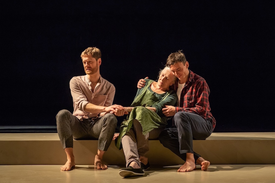 26-kyle-soller-vanessa-redgrave-and-samuel-h-levine-in-the-inheritance-part-2-west-end-credit-marc-brenner.jpg