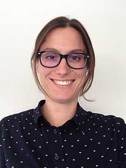 Dr. Marit van Gils