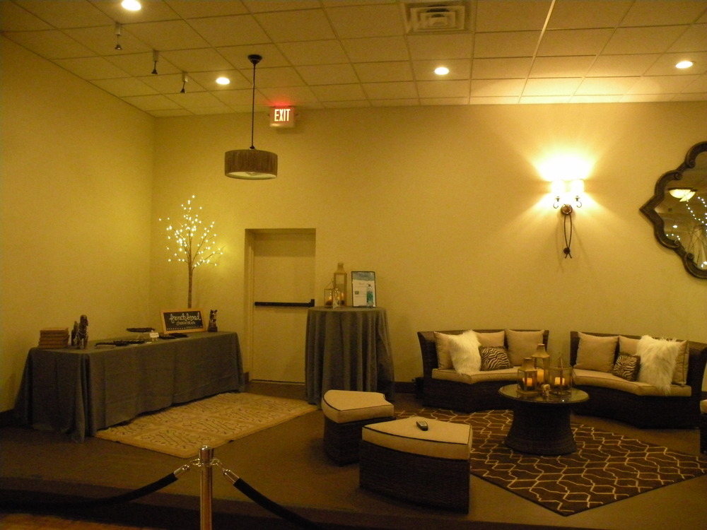 Asheville-humane-before-vip-lounge.JPG