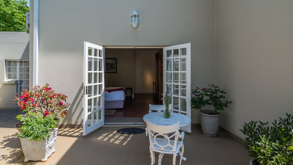 Garden Suites .jpg