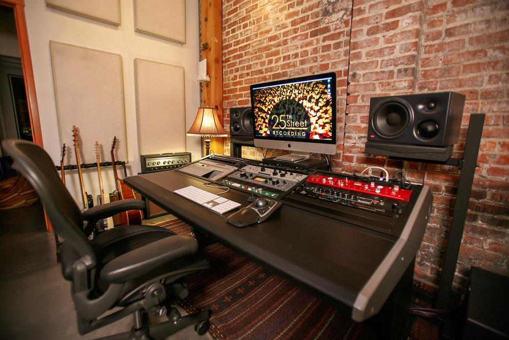 studiob3.jpg