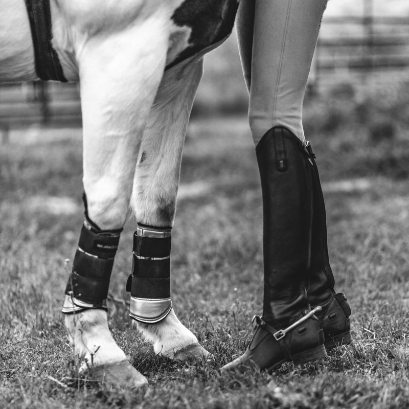 boots-vveq-kate_healey-bw.jpg