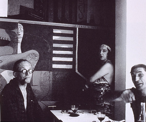 Le Corbusier with his wife, Yvonne Gallis, and Jean Badovici.  Image Fondation Le Corbusier