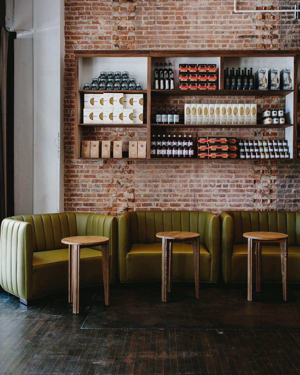 Bellina Alimentari | Smith Hanes. restaurant banquette